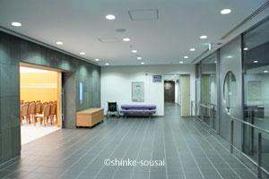 堺市立斎場・式場ロビー